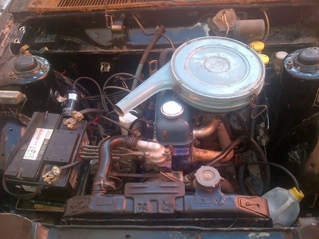 Mexican Datsun Bluebird Engine.jpg