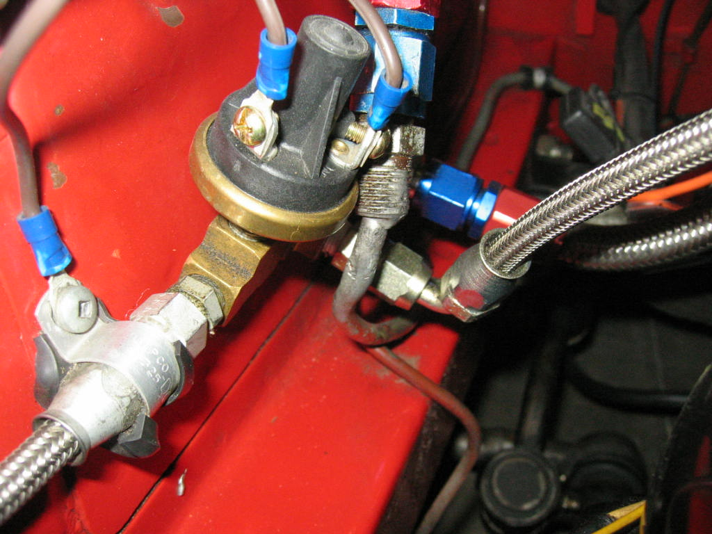 hobbs switch for low oil pressure.JPG